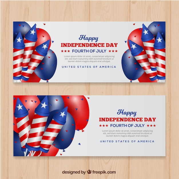 Bannières Colorées Avec éléments Réalistes Pour Le Jour De L'indépendance Vecteur gratuit