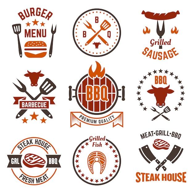 Barbecue Et Grill Ensemble D'étiquettes, Insignes Ou Emblèmes Isolés Sur Fond Blanc Vecteur Premium