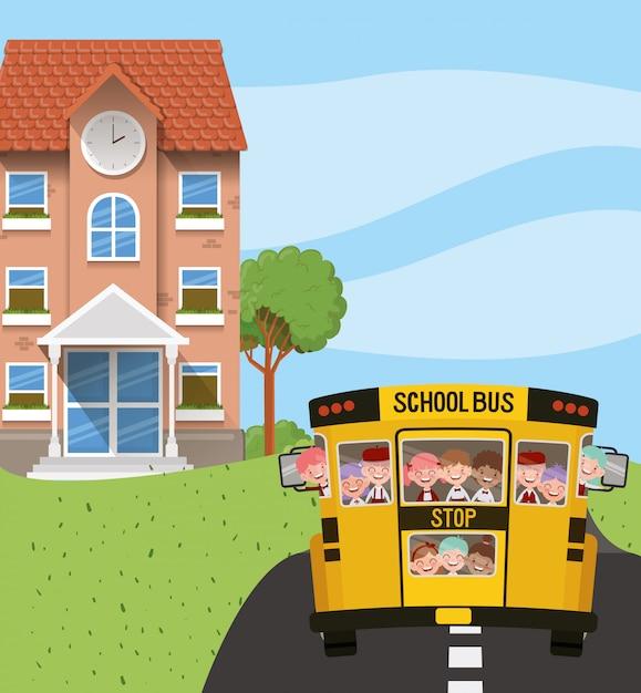Bâtiment scolaire et bus avec des enfants sur la route Vecteur gratuit