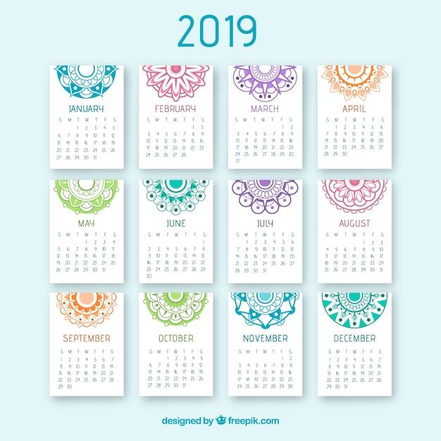 Beau calendrier 2019 avec un design de mandala Vecteur gratuit