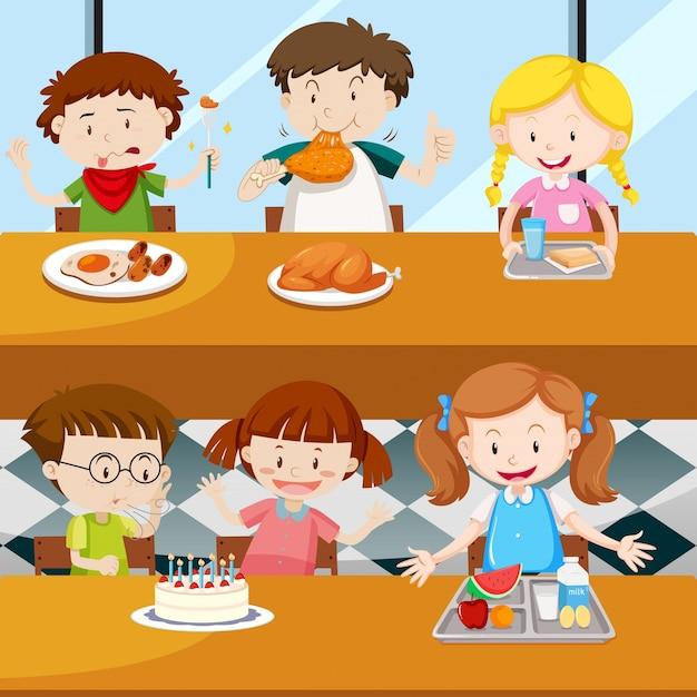 Beaucoup d'enfants mangeant à la cantine Vecteur Premium
