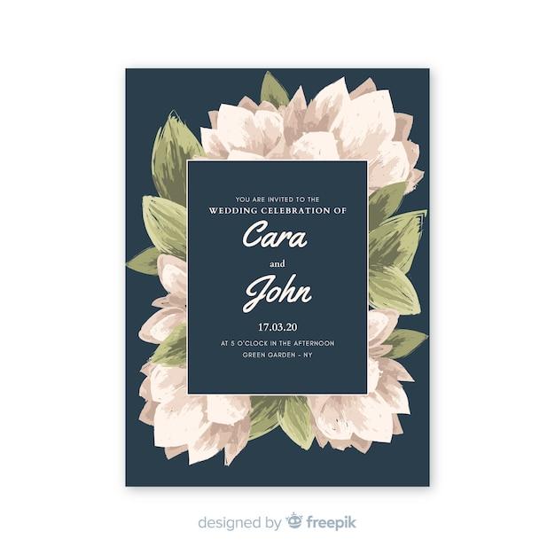 Belle invitation de mariage bleue avec des fleurs à l'aquarelle Vecteur gratuit