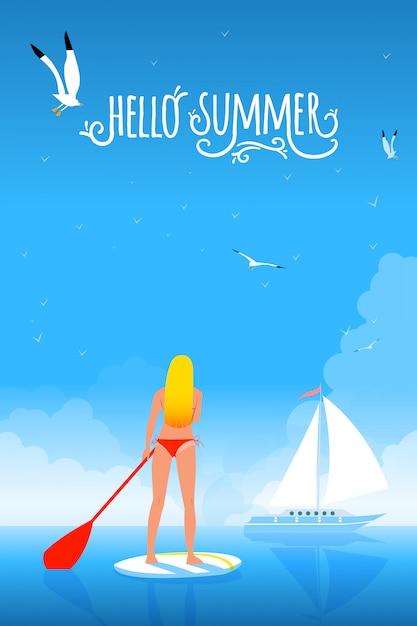 Bikini girl sur le paddleboard. bonjour l'été typographie à la main. Vecteur Premium