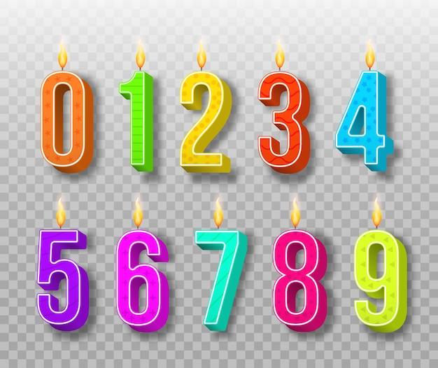 Bougies De Gâteau De Célébration, Lumières Allumées, Numéros D'anniversaire Et Bougie De Fête. Bougies D'anniversaire De Couleur Différente Avec Des Flammes Brûlantes. Numéros De Dessin Animé. Vecteur Premium