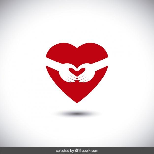 Bras étreignant un coeur Vecteur gratuit