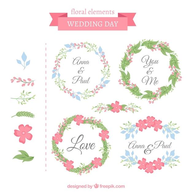 Cadres de mariage décoratifs avec des fleurs mignonnes Vecteur gratuit