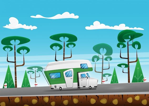 Camion Voyageur Familial En été Sur La Route De La Zone Forestière. Camping-car En Voyage. Illustration De Dessin Animé Vecteur Premium