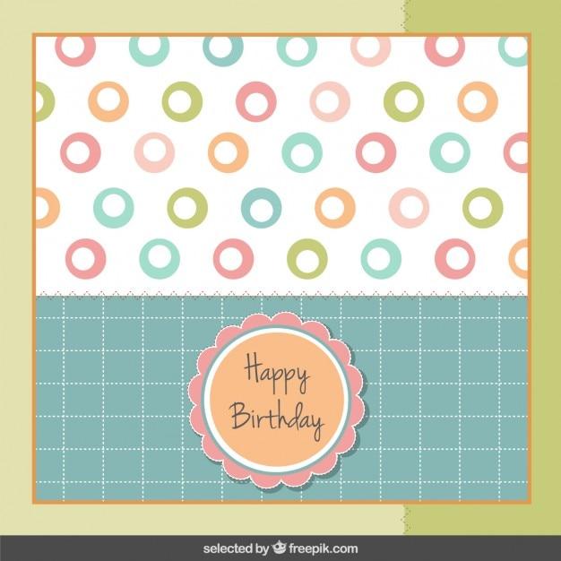 Carte d'anniversaire dans des couleurs pastel Vecteur gratuit
