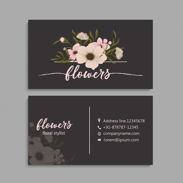 Carte de visite avec de belles fleurs. Vecteur gratuit