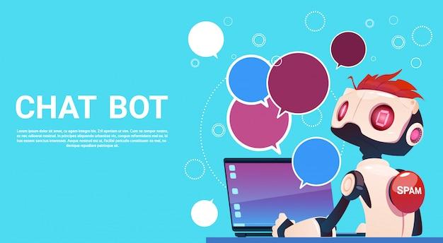 Chat bot utilisant un ordinateur portable, assistance virtuelle robotique d'un site web ou d'applications mobiles, artifici Vecteur Premium