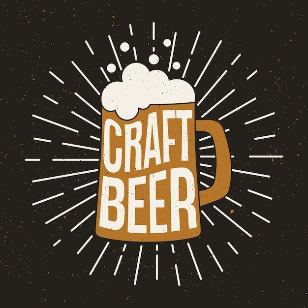 Chope de bière avec bière artisanale. Vecteur Premium