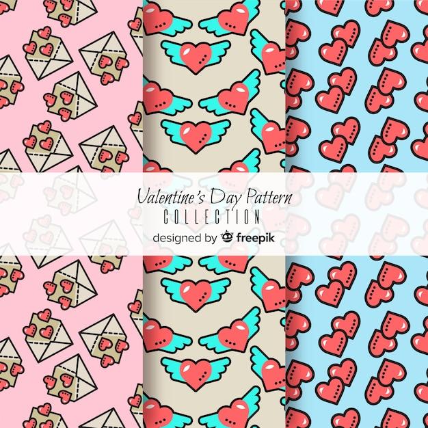 Coeurs et enveloppes motifs saint valentin Vecteur gratuit