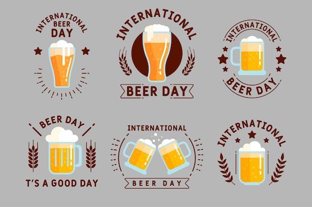 Collection De Badges De La Journée Internationale De La Bière Au Design Plat Vecteur gratuit