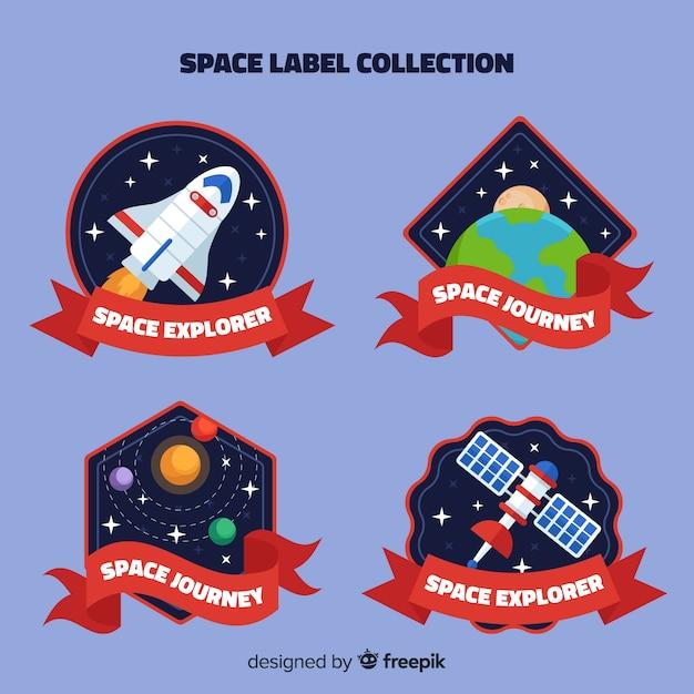 Collection d'insignes d'espace coloré avec un design plat Vecteur gratuit