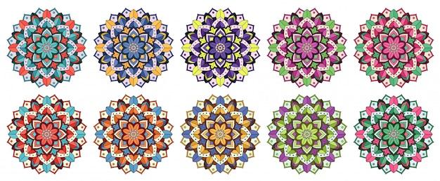 Collection Mandala En Plusieurs Couleurs Vecteur gratuit