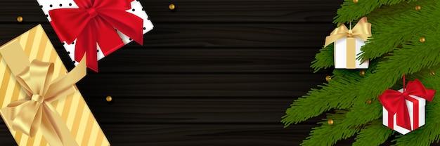 Composition De Noël Sur Fond En Bois. Conception De Décoration De Noël, Boule De Boule, Couleur De Flocon De Neige Noir, Guirlande Lumineuse Dorée, Pomme De Pin, Branches De Sapin. Texture De Bois Réaliste Noire. Mise à Plat, Vue De Dessus. Vecteur Premium
