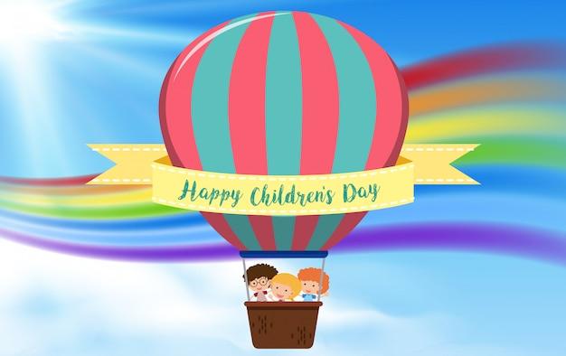 Concept de ballon à air chaud pour enfants heureux Vecteur Premium