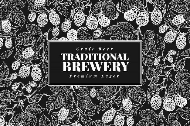 Conception de houblon de bière. fond de bière vintage. vector illustration de hop dessinés à la main à bord de la craie. style rétro Vecteur Premium