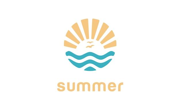 Conception de logo de plage d'été Vecteur Premium