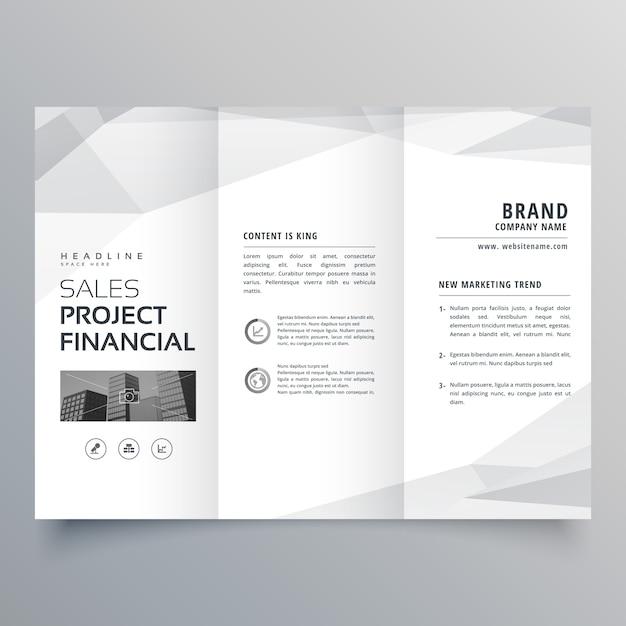 Conception simple de modèle de brochure à trois volets avec formes abstraites Vecteur gratuit