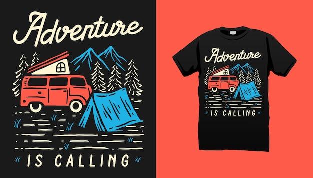 Conception De Tshirt Aventure En Montagne Vecteur Premium
