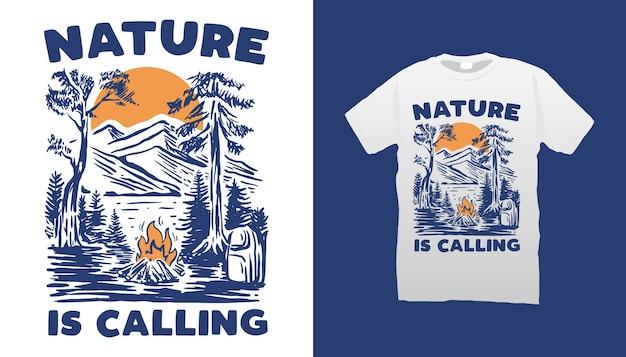 Conception De Tshirt Illustration Camping Montagne Vecteur Premium