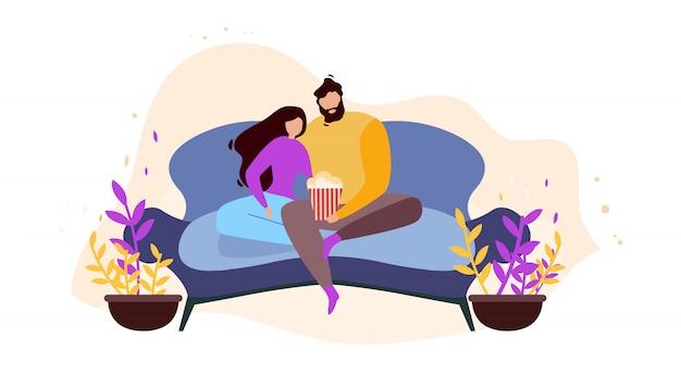Couple de dessin animé à la maison reste sur un canapé en regardant un film Vecteur Premium