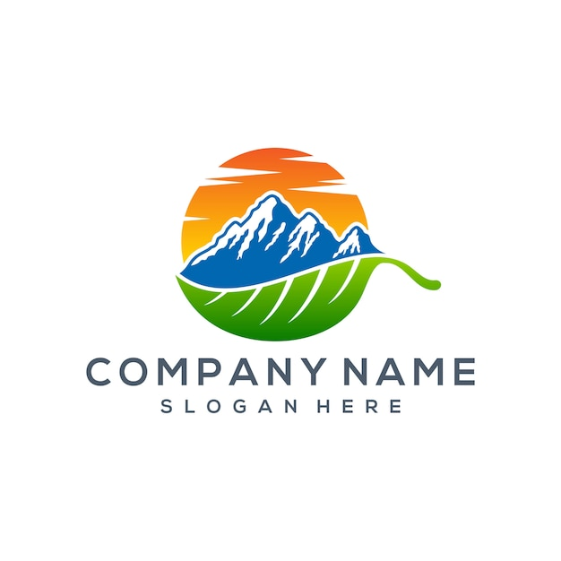 Création de logo de montagne Vecteur Premium
