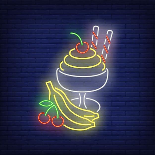 Crème glacée avec une enseigne au néon de fruits. Vecteur gratuit