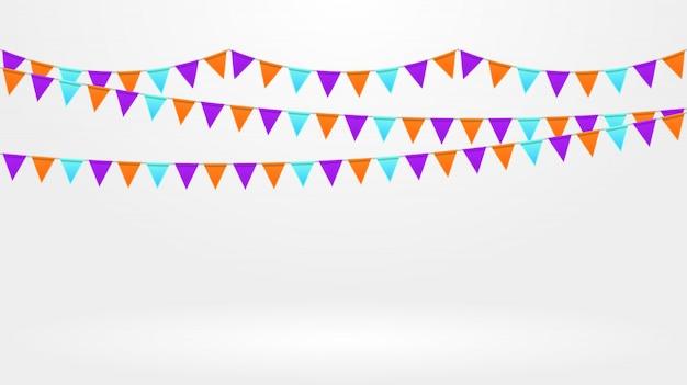 Décor de fête. chaîne de drapeaux colorés lumineux sur fond gris. guirlandes de bruants Vecteur Premium