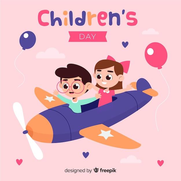 Design plat de la journée des enfants avec des enfants dans un avion Vecteur gratuit