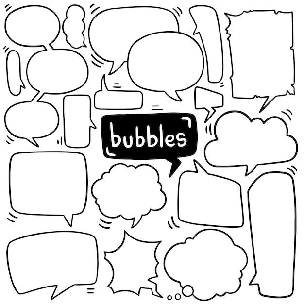 Dessinés à la main ensemble de bulle de dialogue mignon dans un style doodle Vecteur Premium