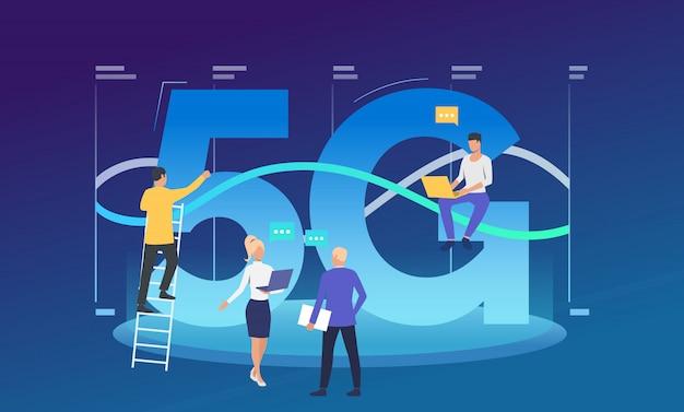 Développeurs travaillant sur le réseau 5g Vecteur gratuit