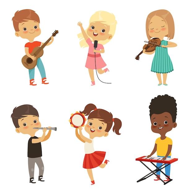 Différents enfants chantant Vecteur Premium