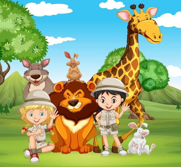 Enfants et animaux sauvages dans le parc Vecteur gratuit