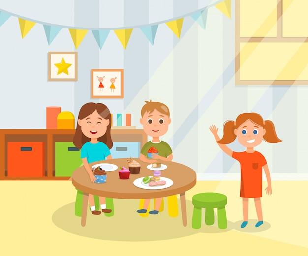 Enfants ayant des collations de vacances douces à la maternelle Vecteur Premium