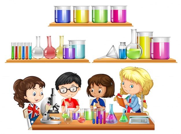 Enfants Faisant Des Expériences Scientifiques Et Ensemble De Béchers Vecteur Premium