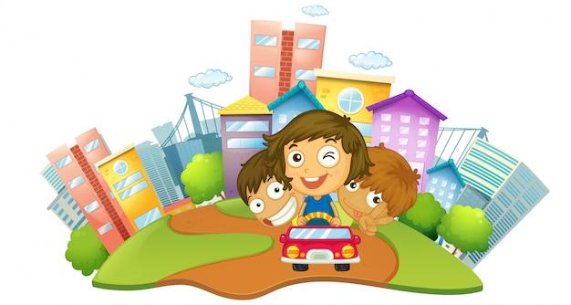 Enfants heureux à cheval sur la voiture dans le parc de la ville Vecteur gratuit