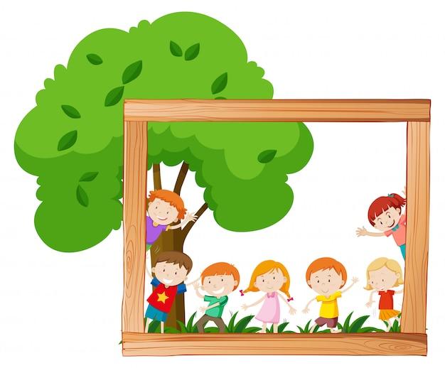 Enfants, scène, cadre bois Vecteur gratuit