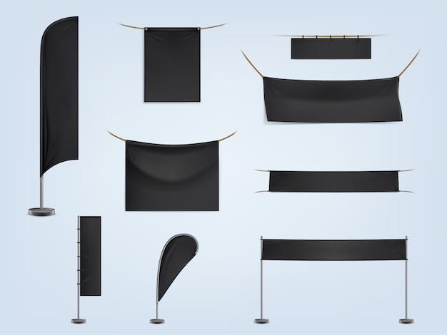 Ensemble de bannières ou de drapeaux textiles noirs vierges, étirés et suspendus Vecteur gratuit
