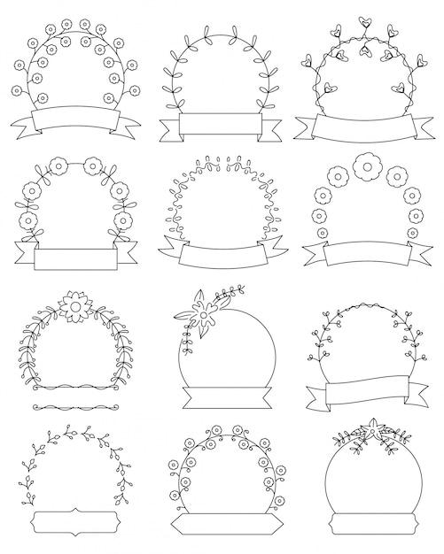 Ensemble de cadres ronds floraux dessinés à la main Vecteur Premium