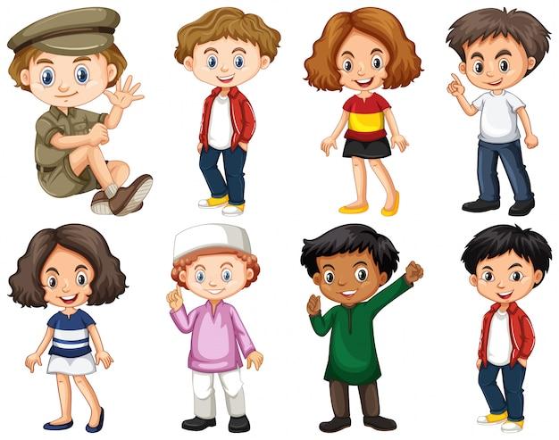 Ensemble d'enfants heureux faisant différentes actions Vecteur gratuit