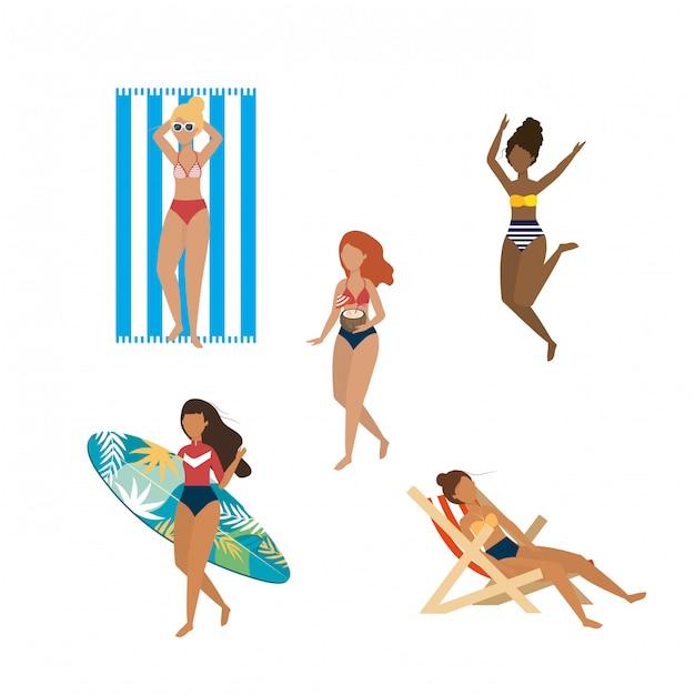 Ensemble de femmes portant un maillot de bain avec une planche de surf et une chaise de bronzage. isolé Vecteur Premium