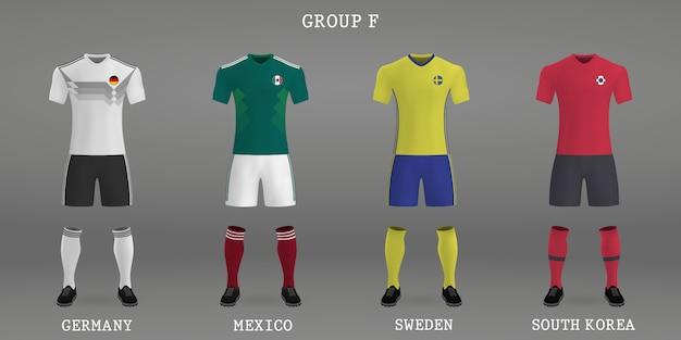 Ensemble de kit de football, modèle de chemise pour le maillot de football. Vecteur Premium