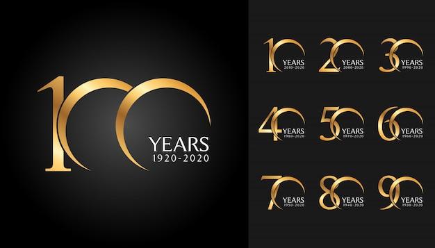 Ensemble de logotype anniversaire doré. Vecteur Premium