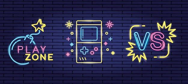 Ensemble D'objets Liés Aux Jeux Vidéo De Style Néon Et Lienal Vecteur gratuit