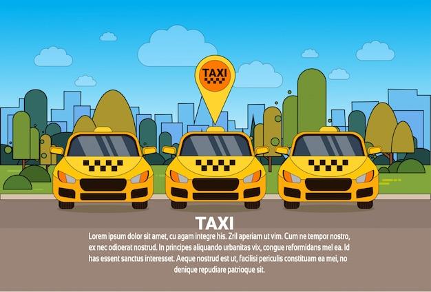 Ensemble de voitures de taxi jaunes avec le concept de service de taxi en ligne de pointeur gps Vecteur Premium
