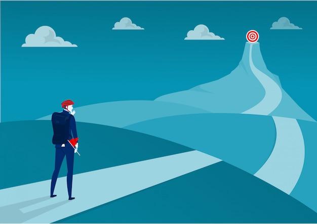 Les Entreprises Au Sommet De L'aventure De La Montagne Vont Au But. Illustrateur Vecteur Premium