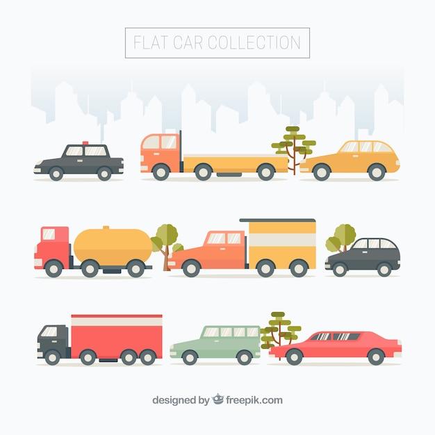 Fantastique sélection de véhicules urbains en design plat Vecteur gratuit