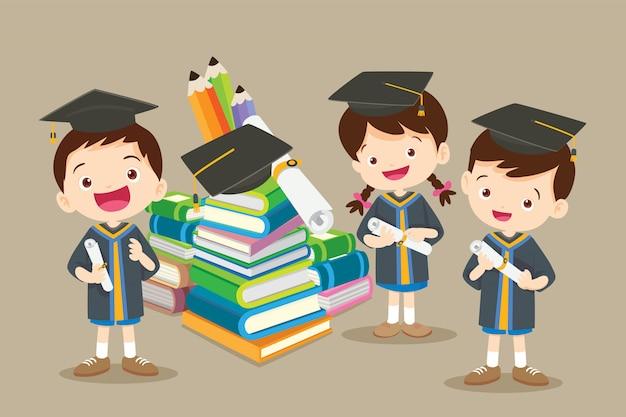 Félicitations aux étudiants et aux gros livres Vecteur Premium
